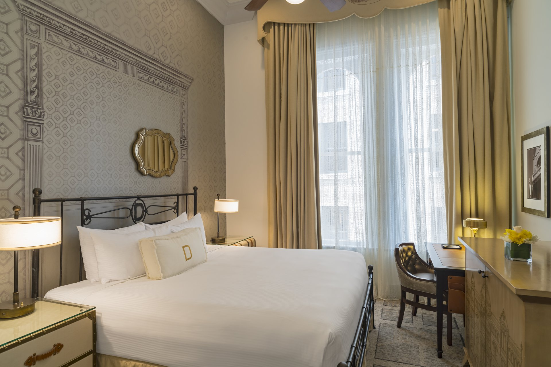 Boutique Hotel Rooms in Austin TX   The Driskill Unbound Collection by Hyatt & Boutique Hotel Rooms in Austin TX   The Driskill Unbound Collection ...